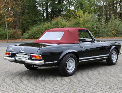 W113 Mercedes 280 SL Automatic