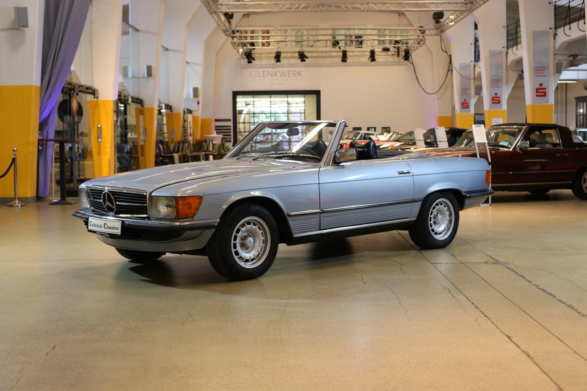 Mercedes-Benz R107 350SL